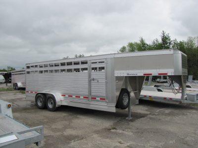 Maverick 20′ Aluminum Livestock Trailer